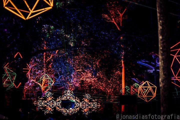 Party Flyer Lineart - O Cosmos em Movimento | 5 anos 13 Oct '18, 20:00